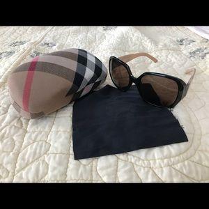Burberry Plaid Print Sunglasses